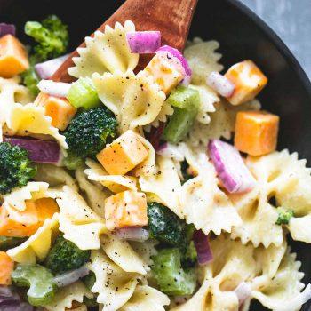 Creamy Cheddar Broccoli Salad | lecremedelacrumb.com