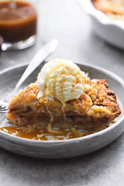 Apple Crumble Pie | lecremedelacrumb.com