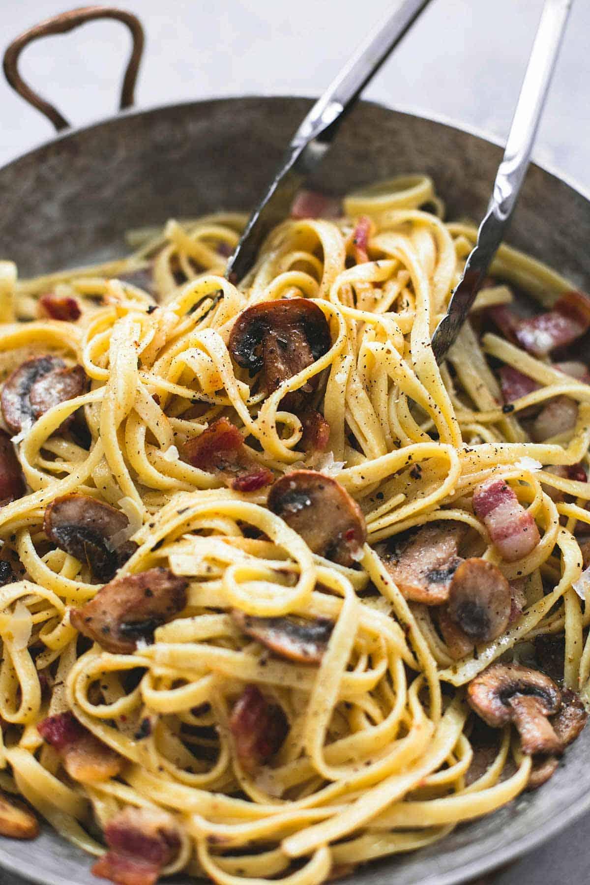 Parmesan Bacon Mushroom Fettuccine | lecremedelacrumb.com