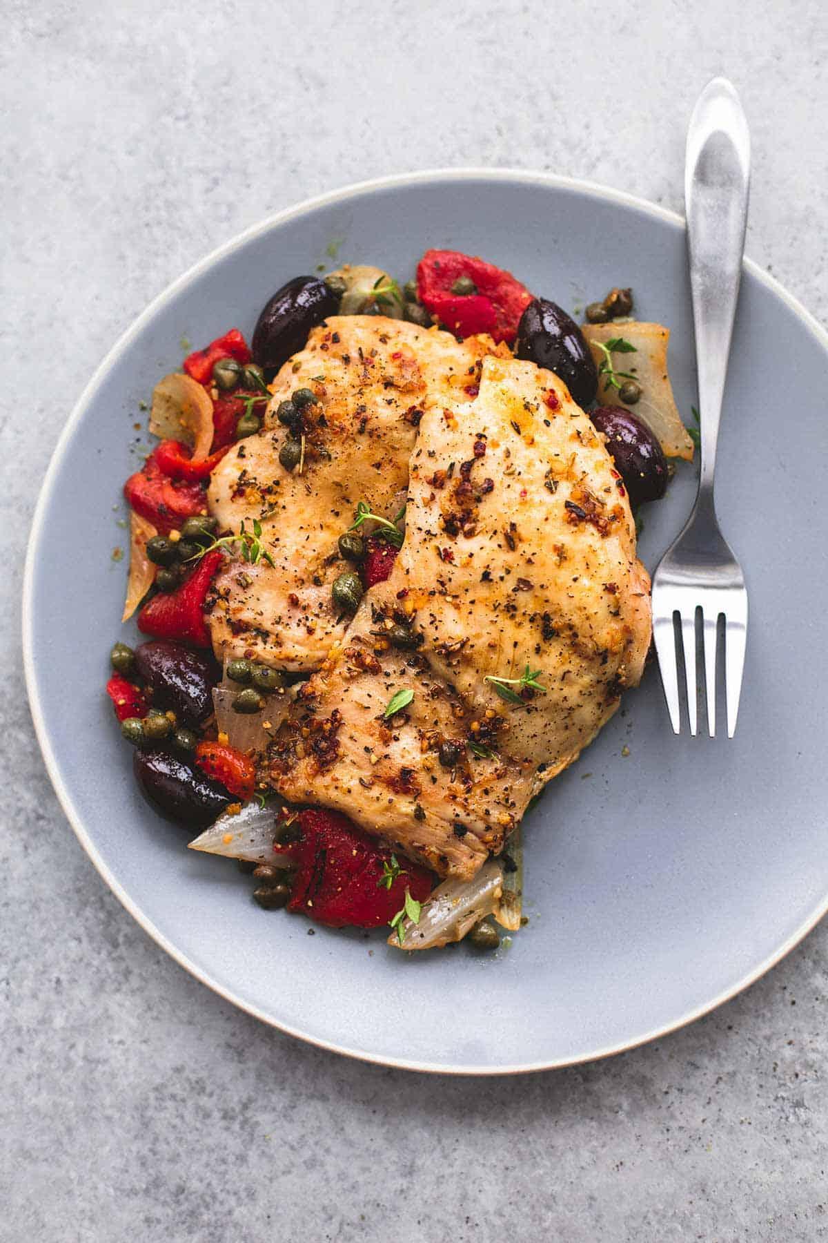 Slow Cooker Mediterranean Chicken | lecremedelacrumb.com