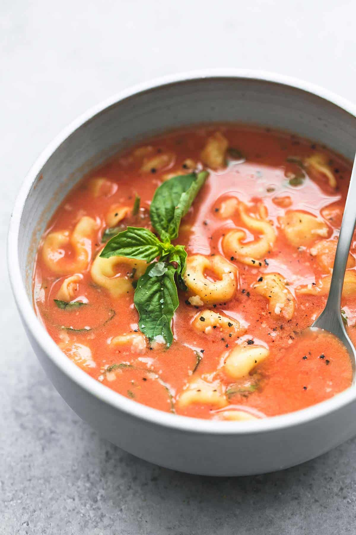 Slow Cooker Tomato Basil Parmesan Tortellini Soup | lecremedelacrumb.com