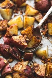 3 Ingredient Oven Roasted Potatoes | lecremedelacrumb.com