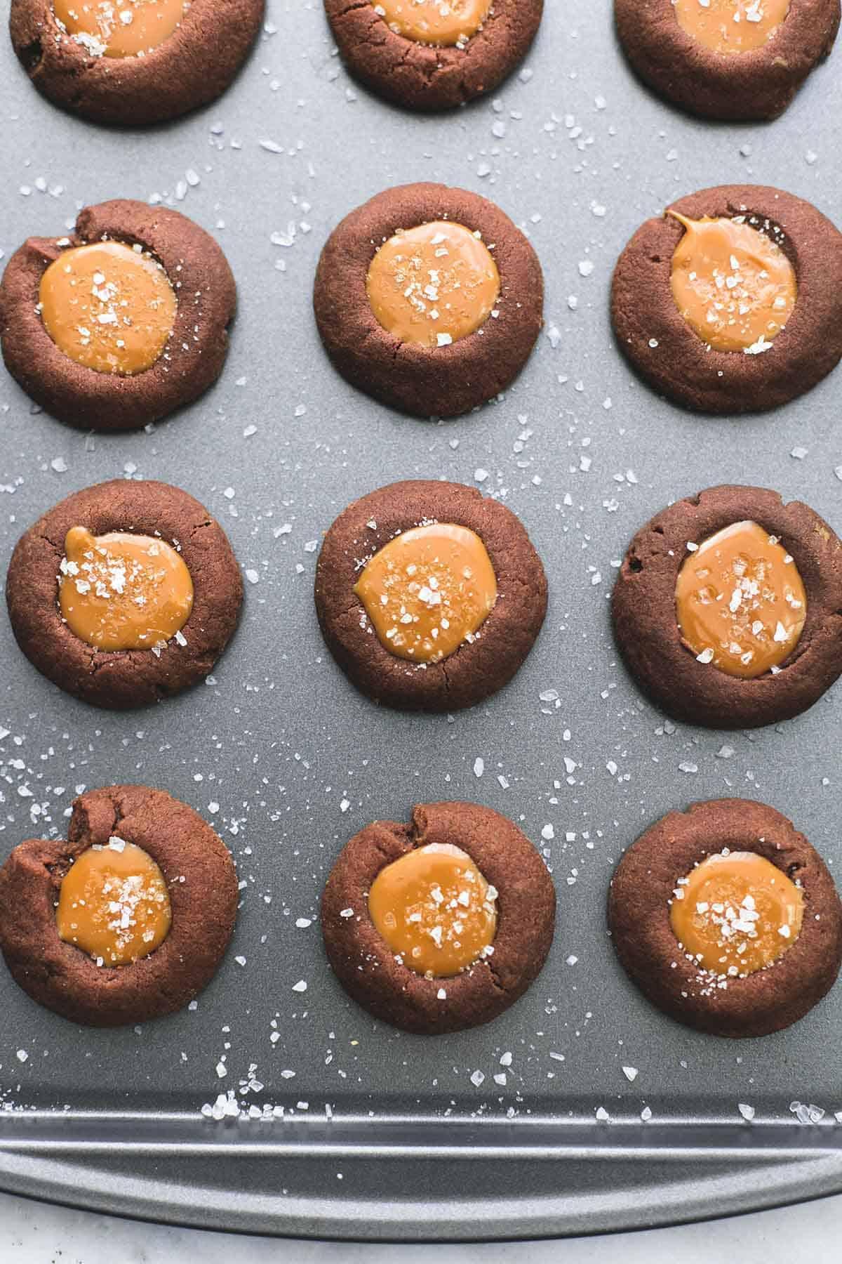 Salted Caramel Chocolate Thumbprint Cookies | lecremedelacrumb.com