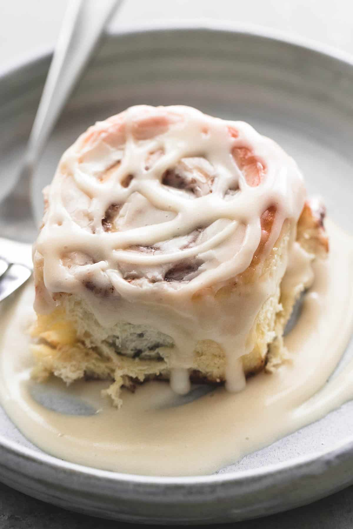One Hour Cream Cheese Cinnamon Rolls | lecremedelacrumb.com