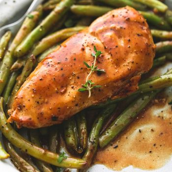 One Pan Creamy Balsamic Chicken & Green Beans | lecremedelacrumb.com