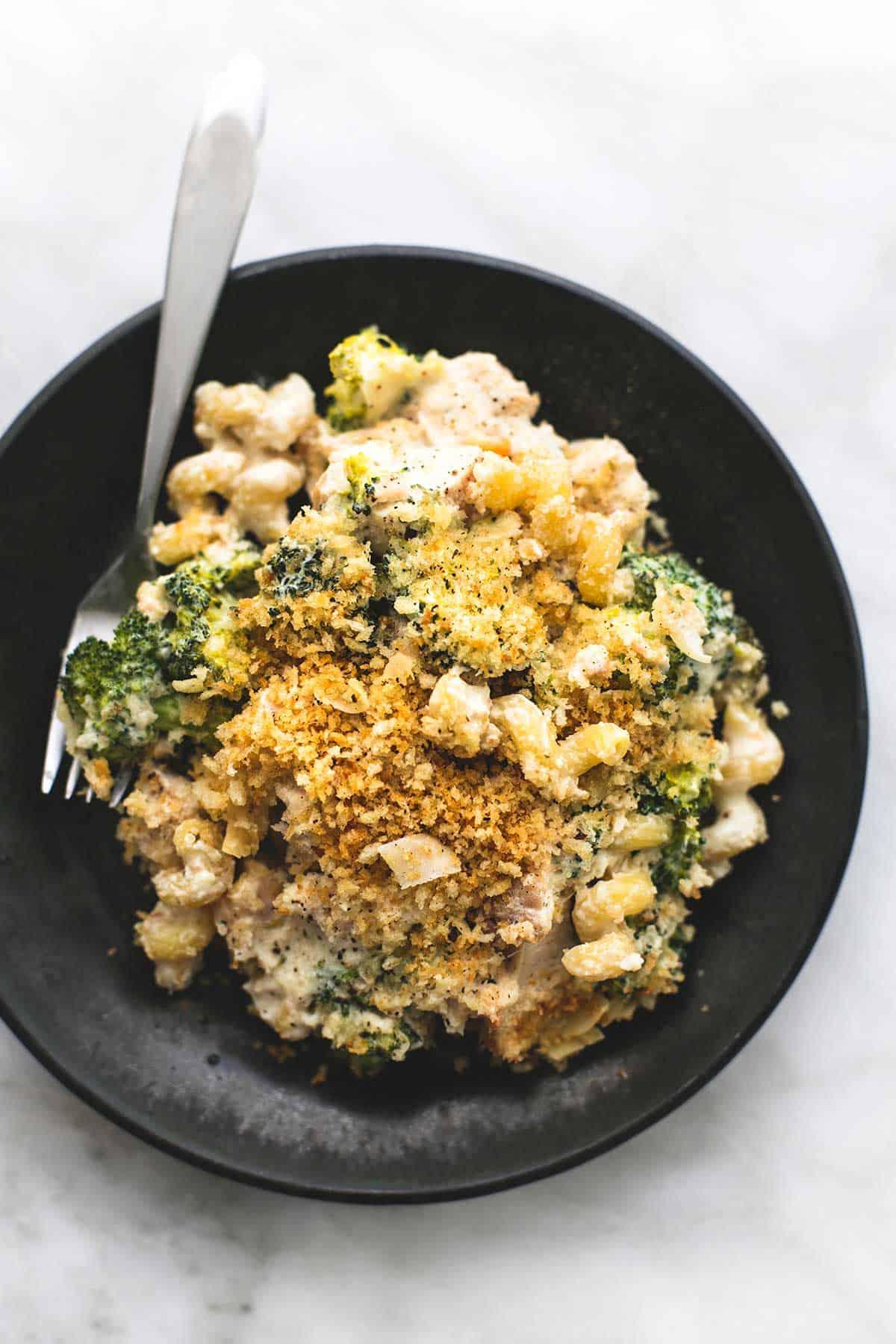 Baked Chicken Broccoli Alfredo | lecremedelacrumb.com