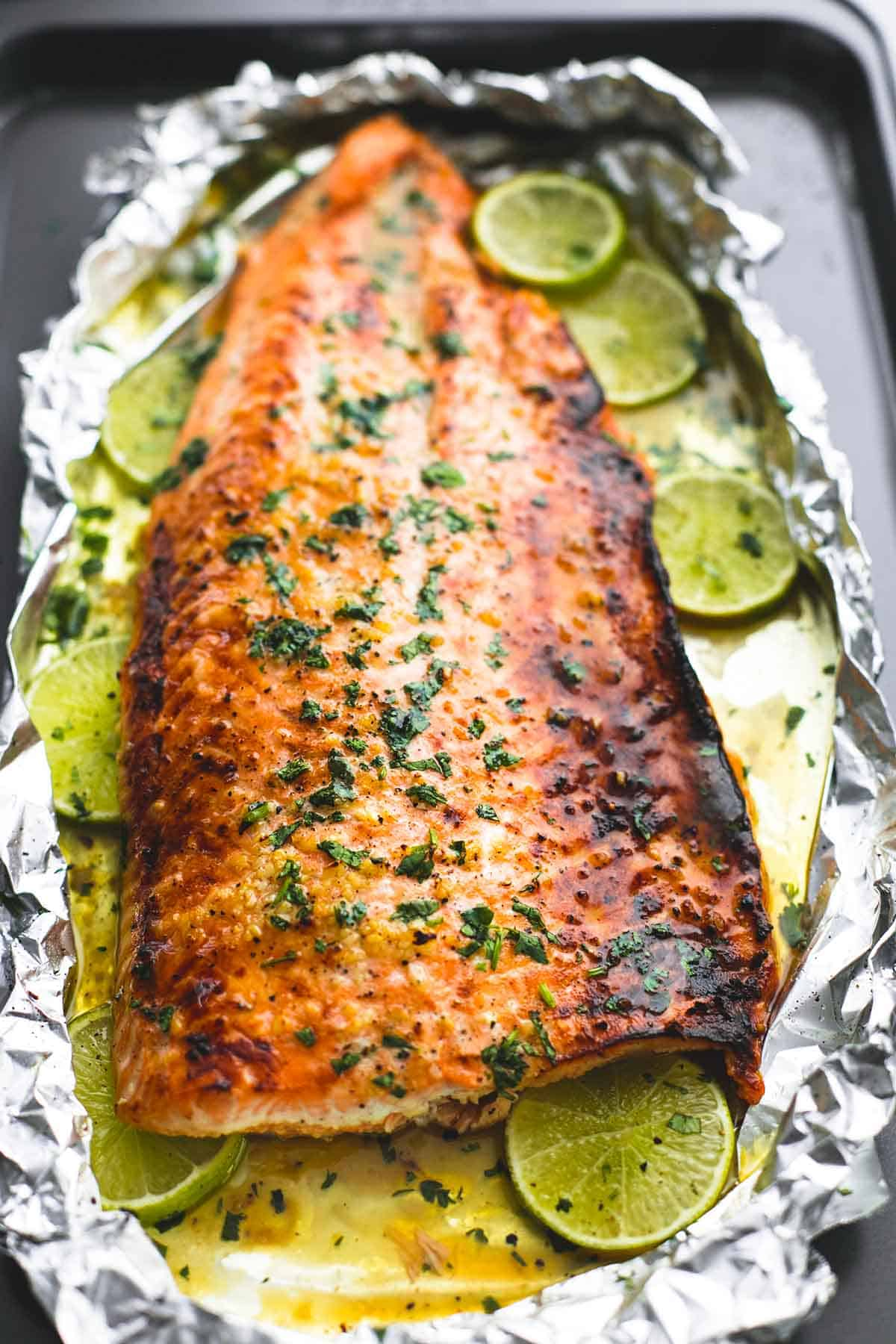 Baked honey cilantro lime salmon in foil creme de la crumb for How to cook salmon fish