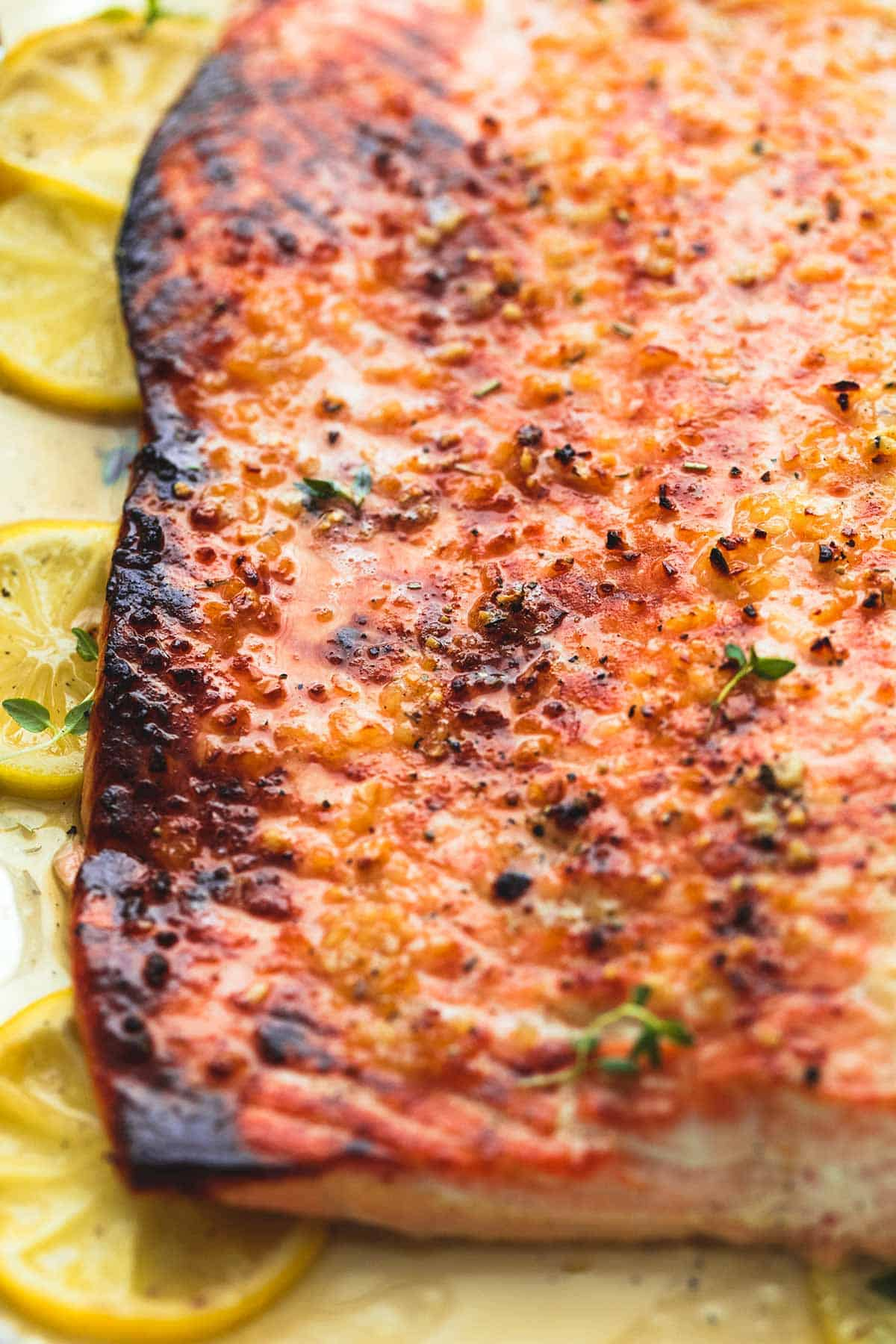 Baked Honey Lemon Garlic Salmon in Foil | lecremedelacrumb.com