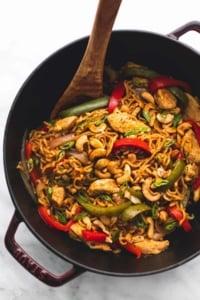 One Pot Cashew Chicken Ramen | lecremedelacrumb.com