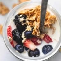 Berry Crunch Overnight Oats   lecremedelacrumb.com