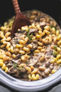 Slow Cooker Creamy Beef Stroganoff | lecremedelacrumb.com
