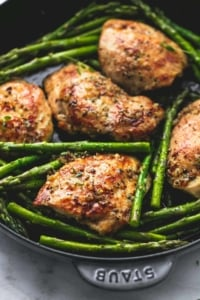 One Pan Garlic Herb Chicken & Asparagus | lecremedelacrumb.com