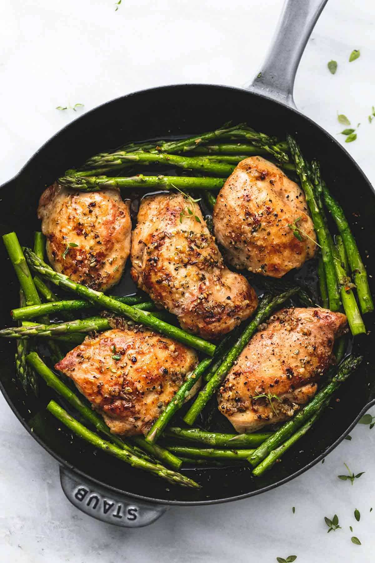 One Pan Garlic Herb Chicken And Asparagus Creme De La Crumb