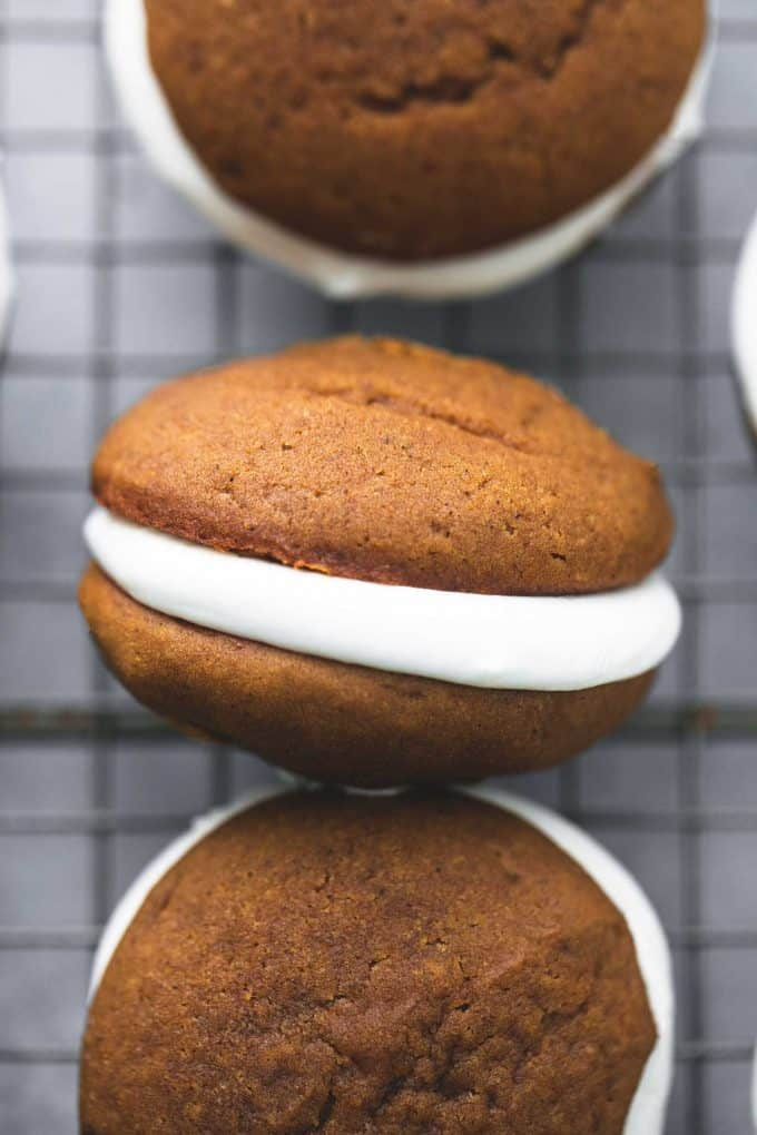 Gingerbread Whoopie Pies | Creme De La Crumb