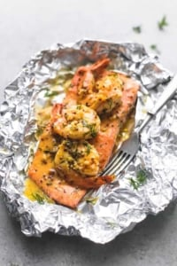 Garlic Dijon Shrimp & Salmon Foil Packs | lecremedelacrumb.com