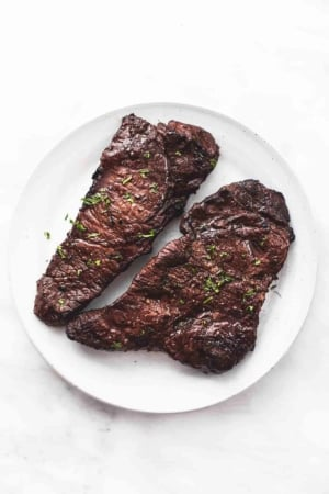 Best Quick Steak Marinade | lecremedelacrumb.com