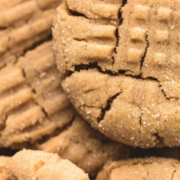 Best Super Soft Peanut Butter Cookies easy dessert recipe | lecremedelacrumb.com