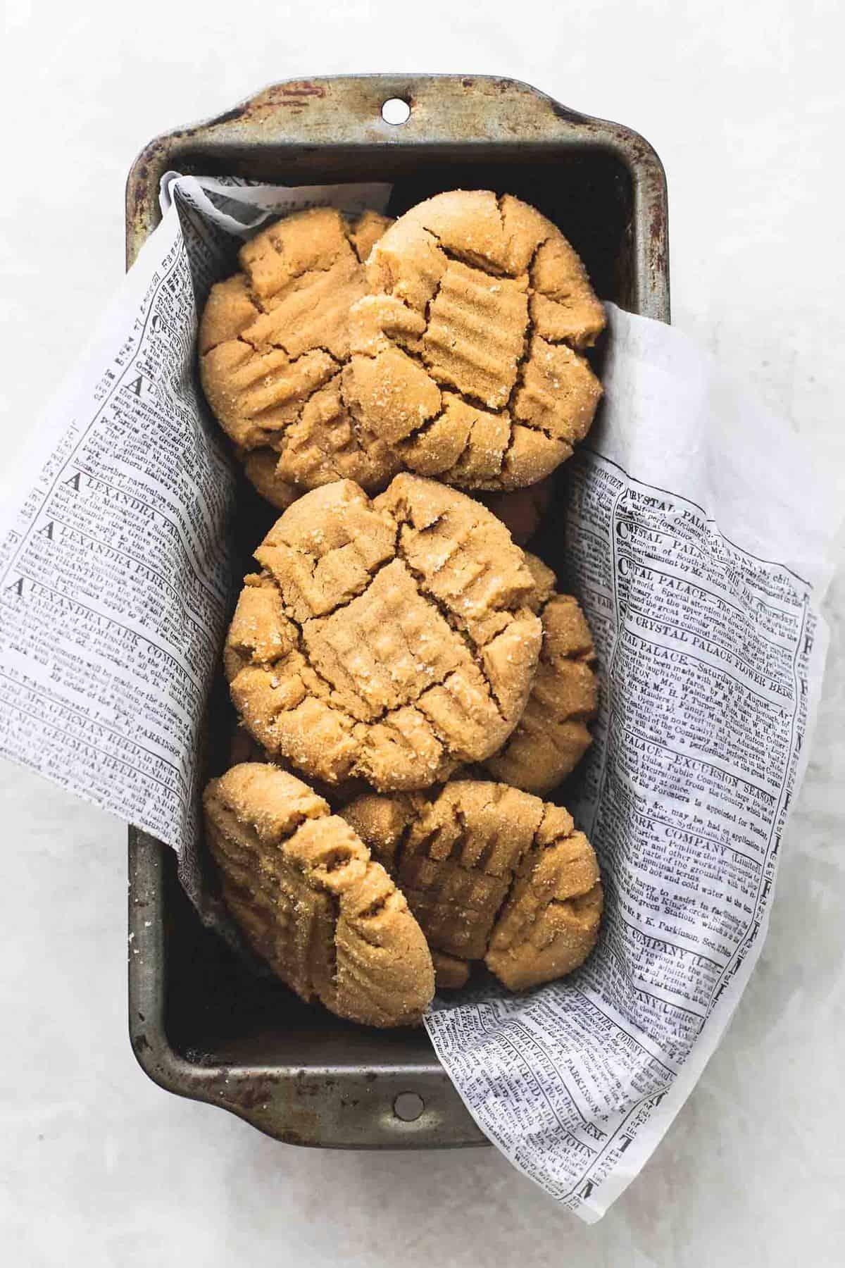 Best Super Soft Peanut Butter Cookies easy dessert recipe | lecremedelacrumb.com