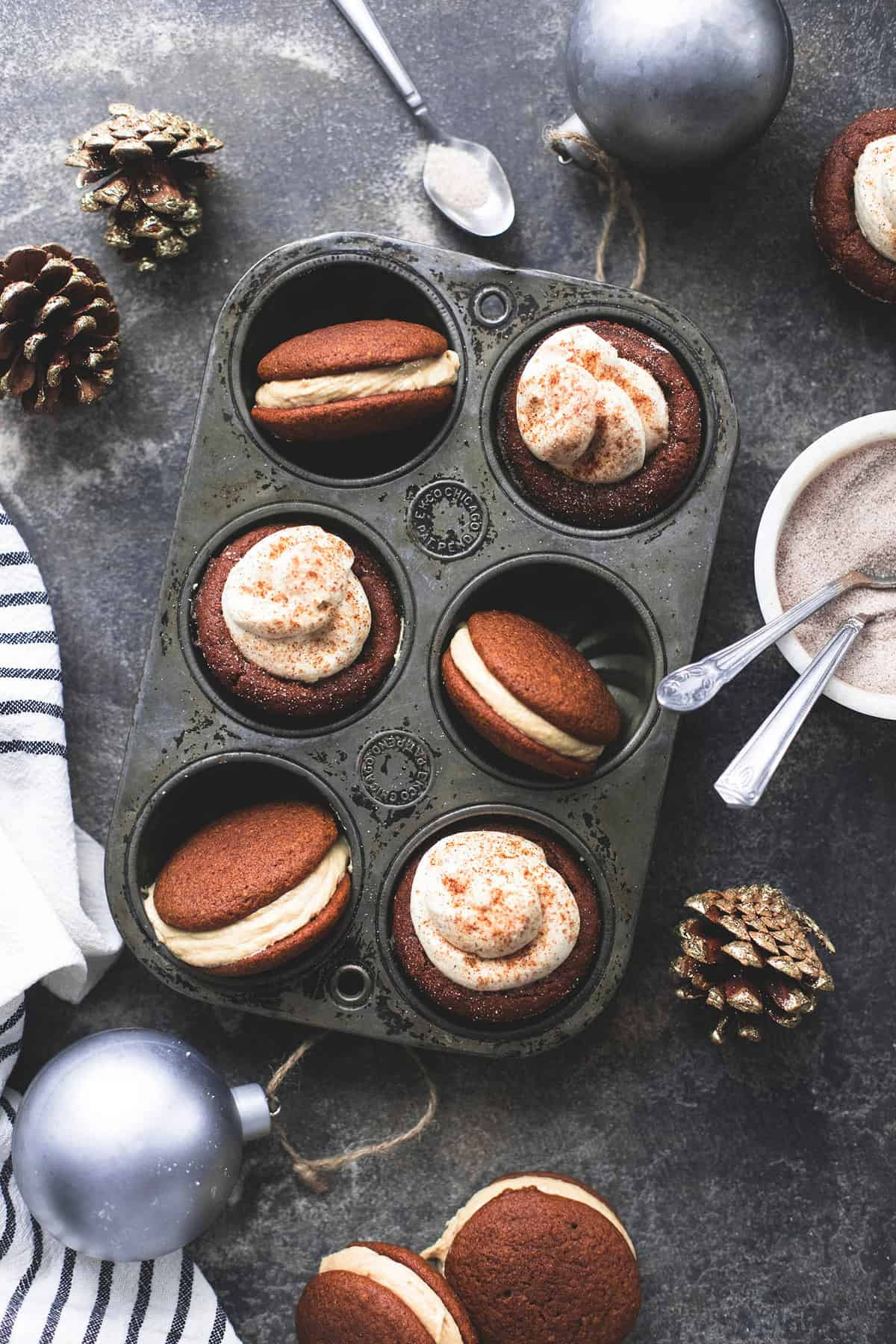 Easy Gingerbread Cheesecake Cups and Whoopie Pies with Caramel Frosting recipe | lecremedelacrumb.com