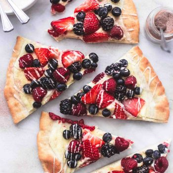 Mixed Berry Pizza with Vanilla Glaze | lecremedelacrumb.com