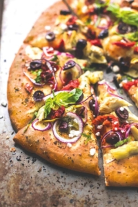 Mediterranean Veggie Pizza | lecremedelacrumb.com