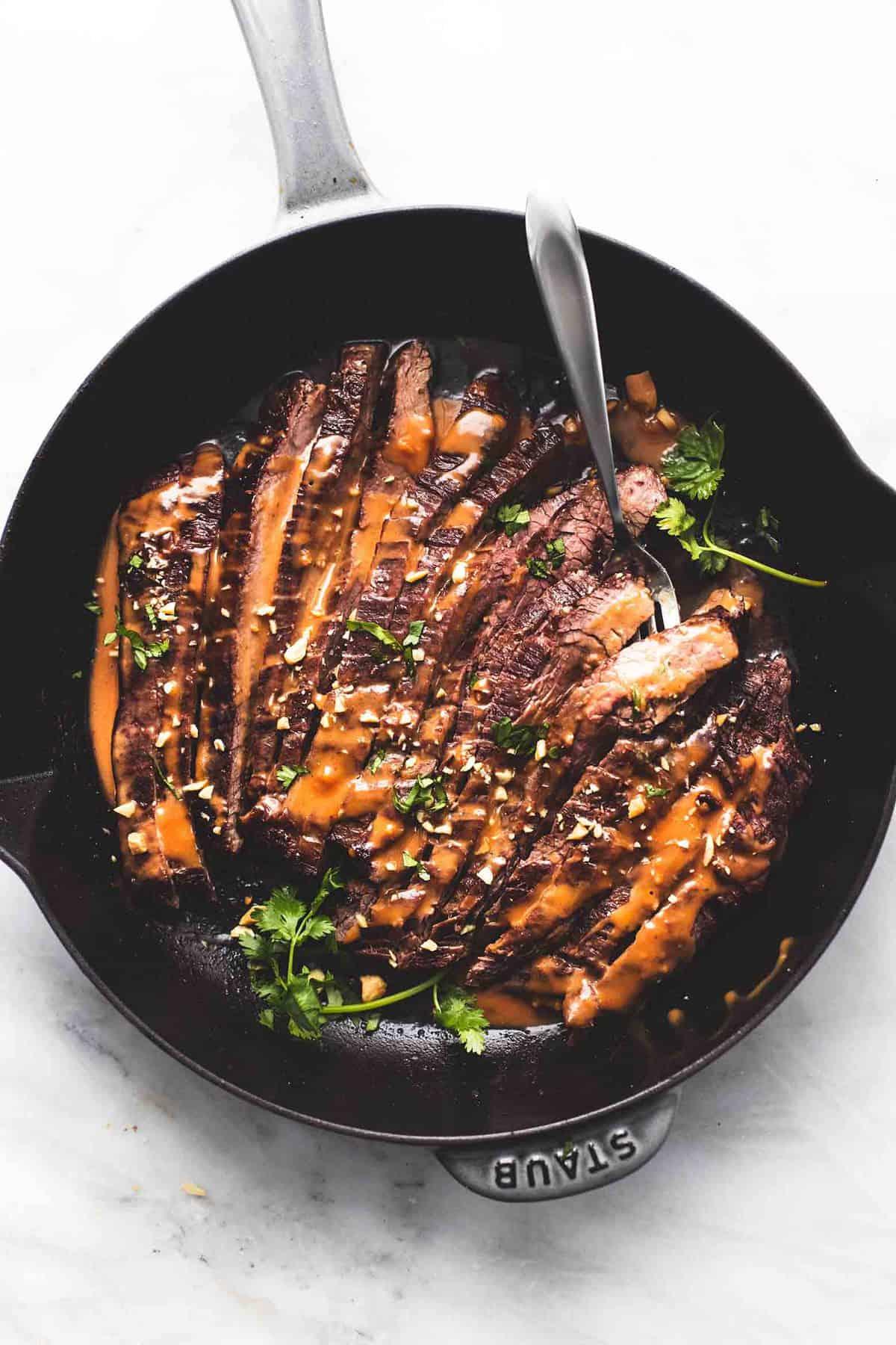 Thai Peanut Beef (Five Ingredients) easy dinner recipe | lecremedelacrumb.com