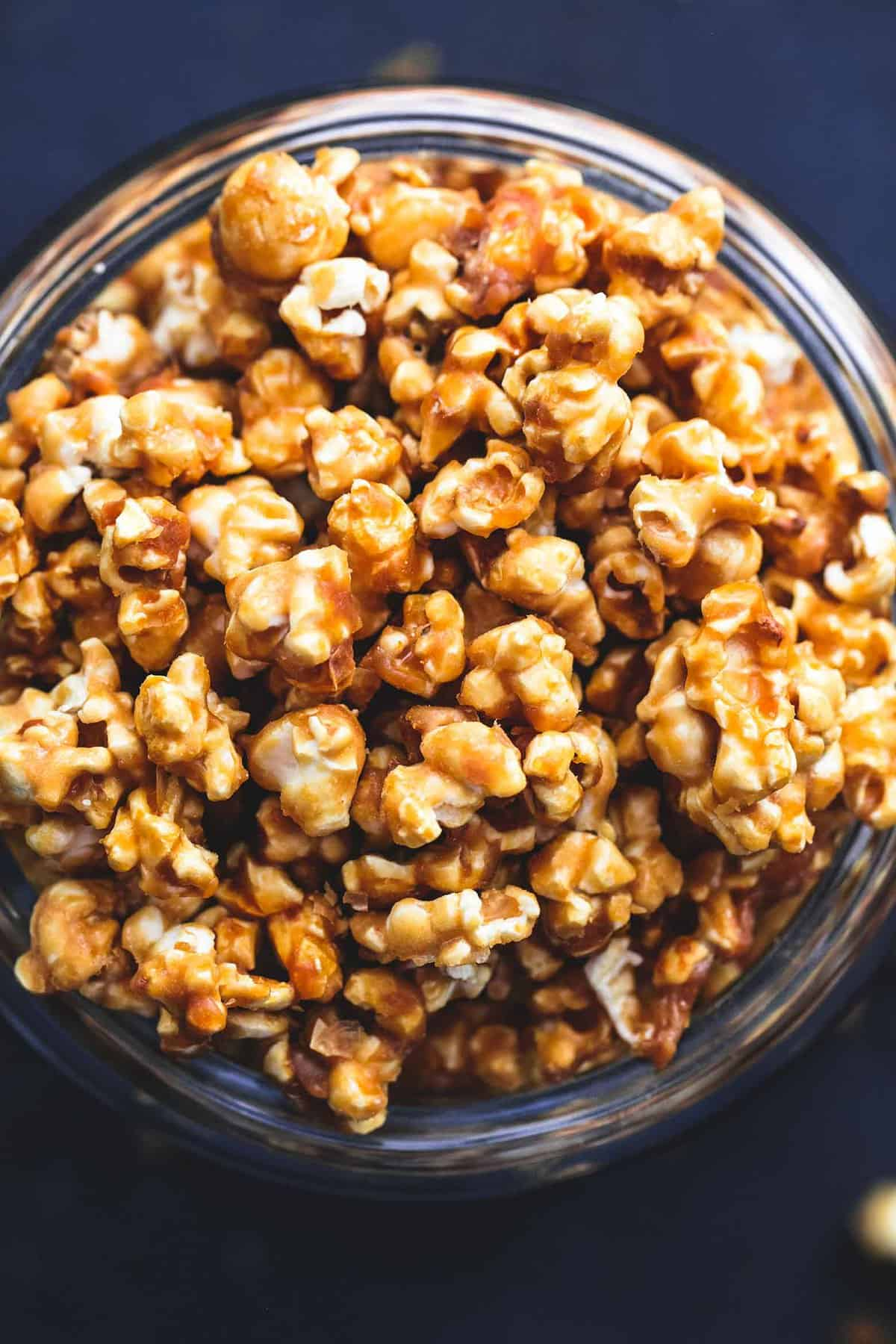 Best Ever Caramel Corn easy recipe | lecremedelacrumb.com