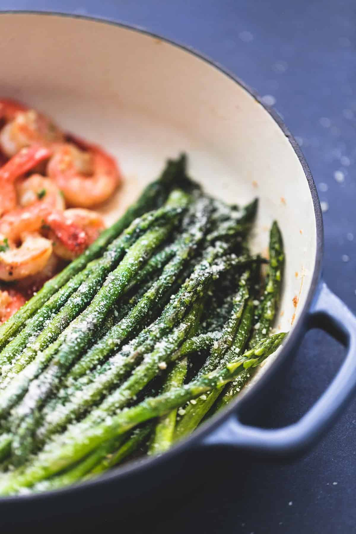 One Pan Shrimp and Asparagus easy healthy dinner recipe | lecremedelacrumb.com