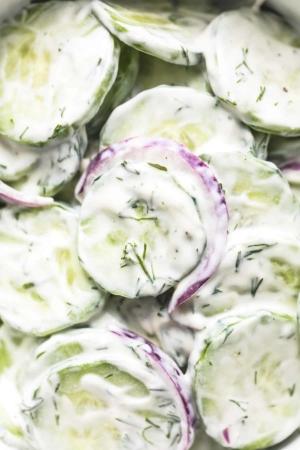Quick and Creamy Cucumber Salad easy side dish recipe | lecremedelacrumb.com