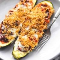Healthy Italian Stuffed Zucchini Boats recipe | lecremedelacrumb.com