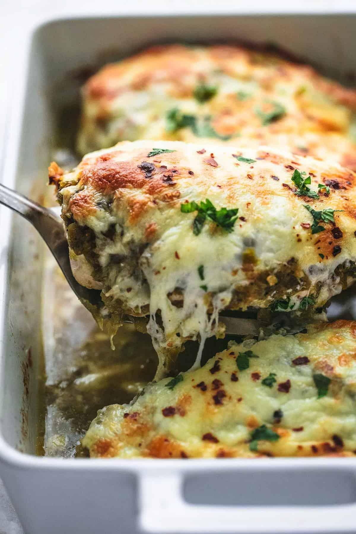 Easy Baked Salsa Verde Chicken simple dinner recipe | lecremedelacrumb.com