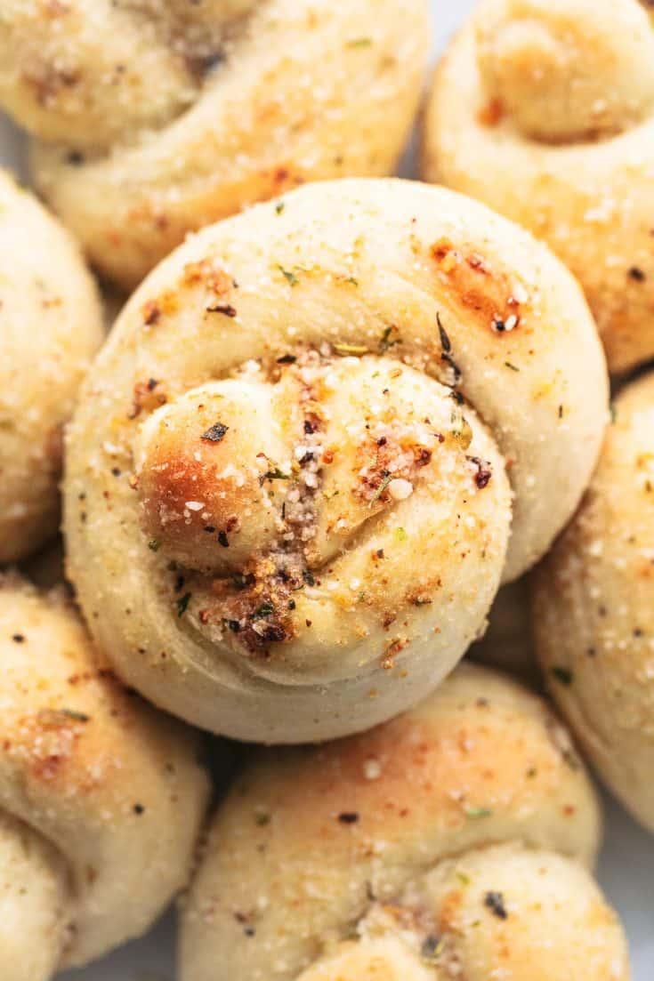 Easy Homemade Garlic Parmesan Knots Recipe