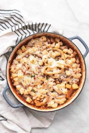 French Onion Potatoes easy side dish potatoes recipe for holidays! | lecremedelacrumb.com
