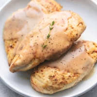 Instant Pot Chicken Breast and Gravy easy pressure cooker dinner recipe   lecremedelacrumb.com
