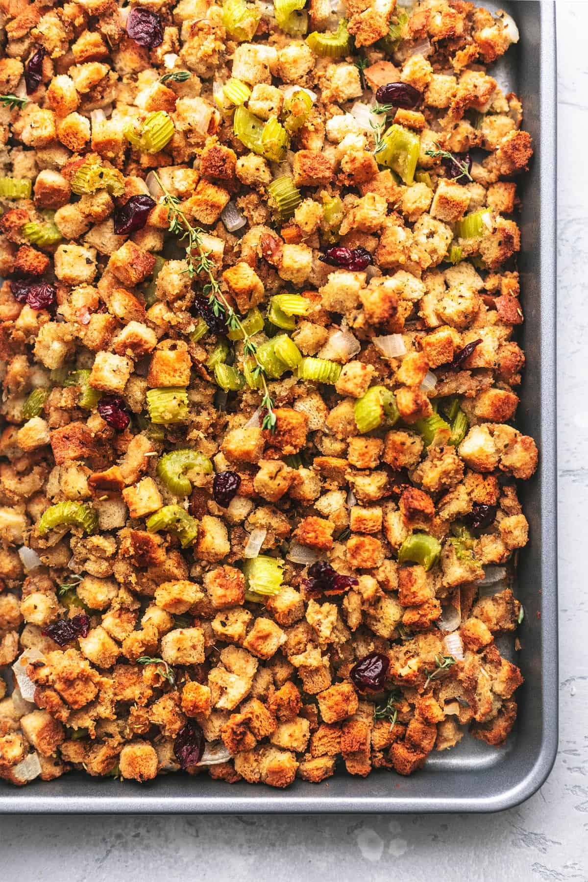 SHEET PAN CRANBERRY CHICKEN AND STUFFING easy one pan dinner and family-friendly meal | lecremedelacrumb.com