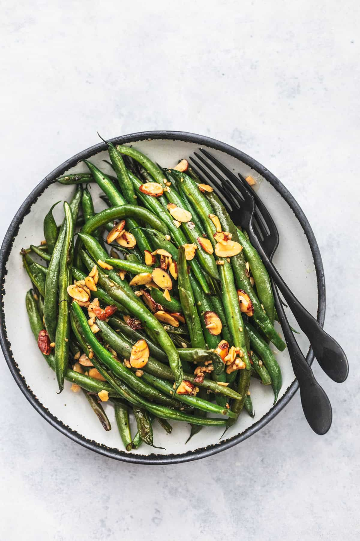 green beans on plate with fork