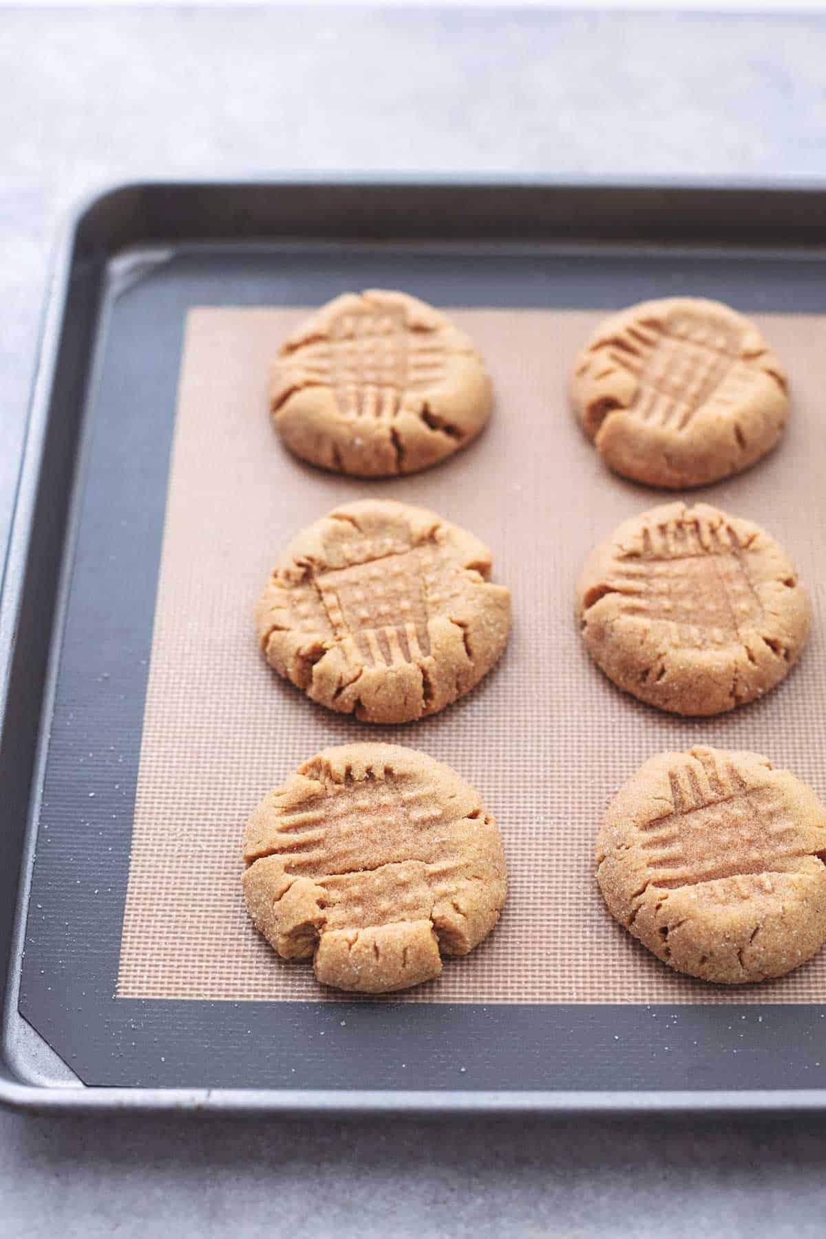 baked cookies on silpat mat on baking sheet